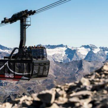 La Grande Motte – Glacier Skiing at 3,656m